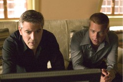 Konspirativ: Danny Ocean und Rusty Ryan (v.l. George Clooney, Brad Pitt)