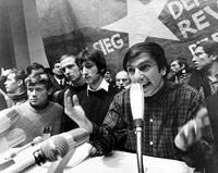 Für die 68er war eine studentische Vollversammlung noch ein Happening: Rudi Dutschke und Kollegen