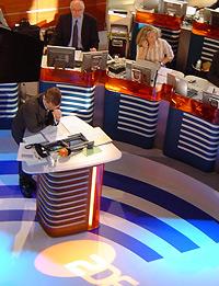 Das Studio der Forschungsgruppe Wahlen, in dem aktuelle Forschungsergebnisse für das ZDF-Politbarometer bekanntgegeben werden