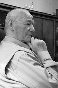 """""""Die Renten sind sicher"""", sagte Norbert Blüm einst. Dieser Rentner scheint an der Aussage zu zweifeln"""