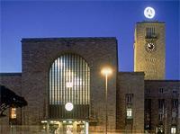 Der Hauptbahnhof in Stuttgart: Von hie raus kommt man zu allen wichtigen Events und zum Stadion.