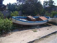 Verwegen romantisch: Ein altes Fischerboot in Sozopol, dem einstigen Treffpunkt der Künstler und Literaten Bulgariens.